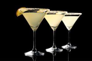 Alcool et sucres, à éviter pour la santé de la peau